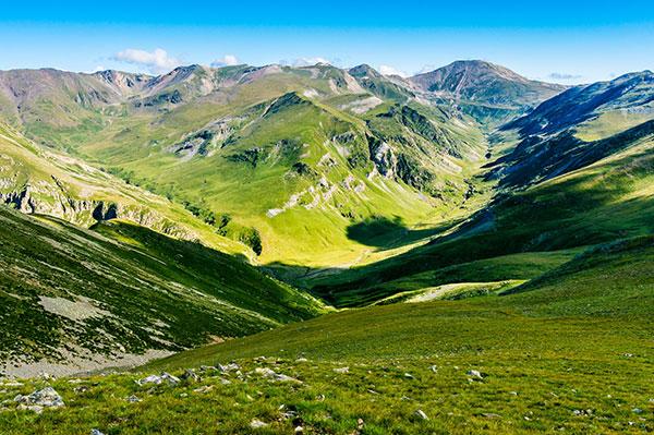Running retreat Pyrenees