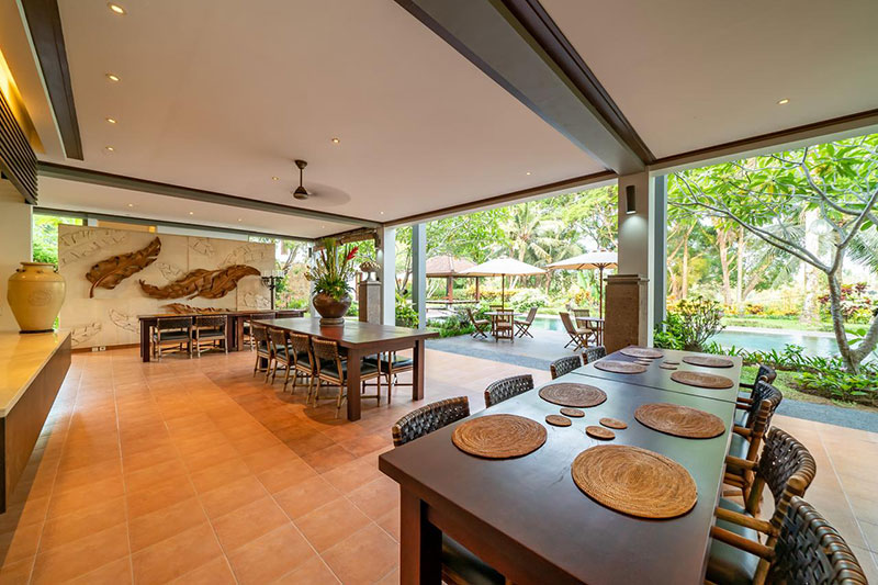 Bali dining room
